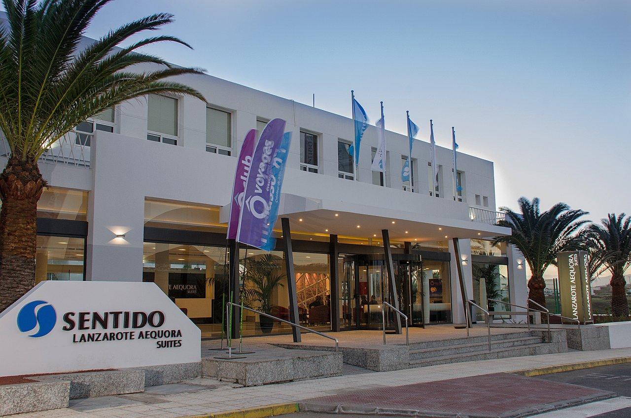 Lanzarote hotel aequora lanzarote suites for Design hotel lanzarote
