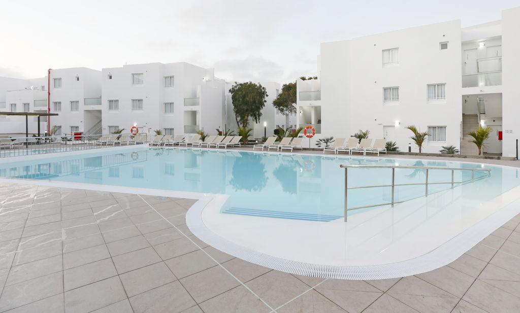 Hotel con encanto puerto del carmen lanzarote aequora lanzarote suites - Alquiler coche lanzarote puerto del carmen ...