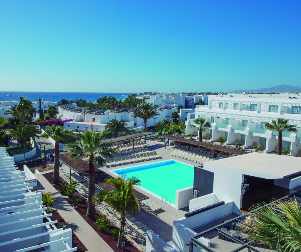Puerto del carmen resort lanzarote aequora lanzarote suites - Car rental puerto del carmen ...