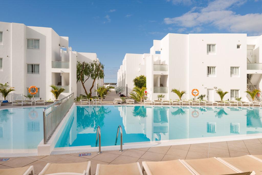 Aequora Lanzarote Suites Hotel (2)