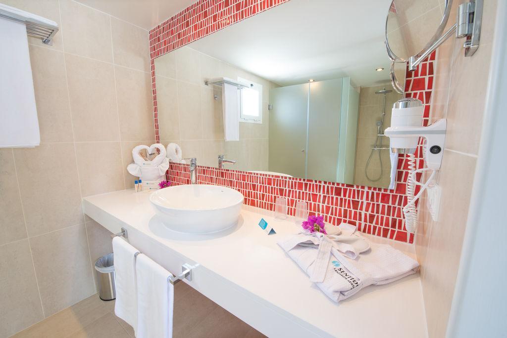 Aequora Lanzarote - rooms (13)