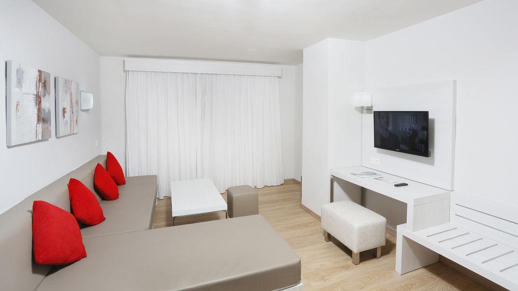 Aequora Lanzarote - rooms (17)