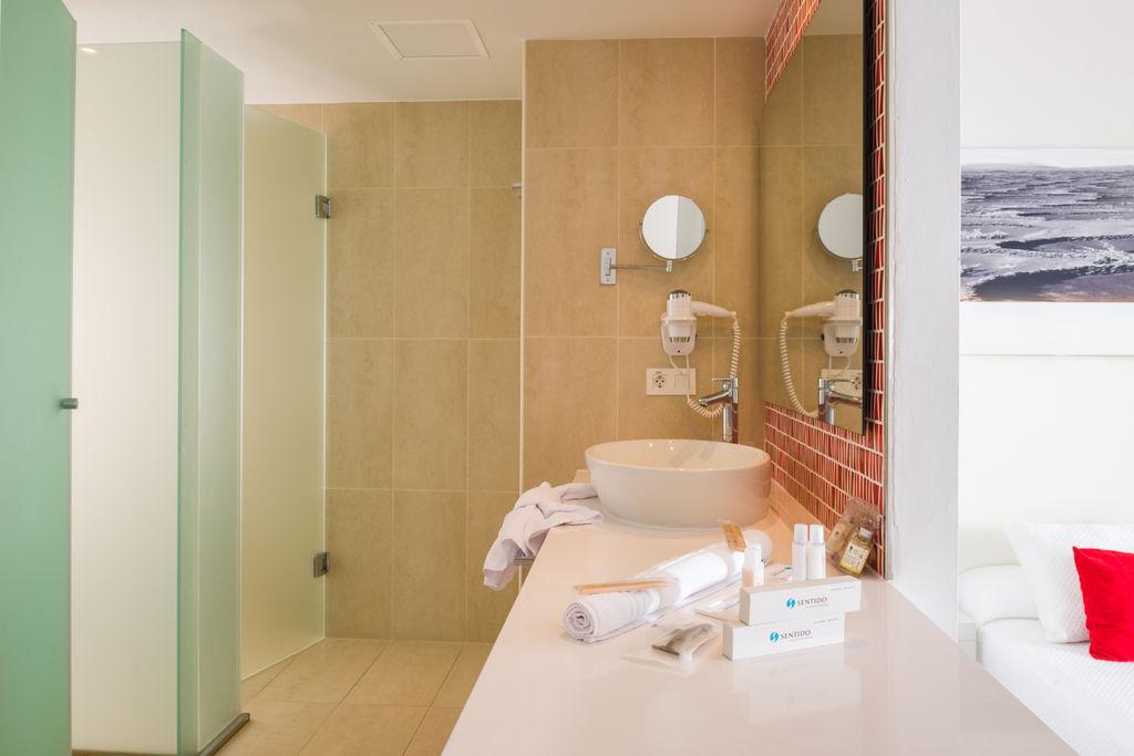 Aequora Lanzarote - rooms (7)