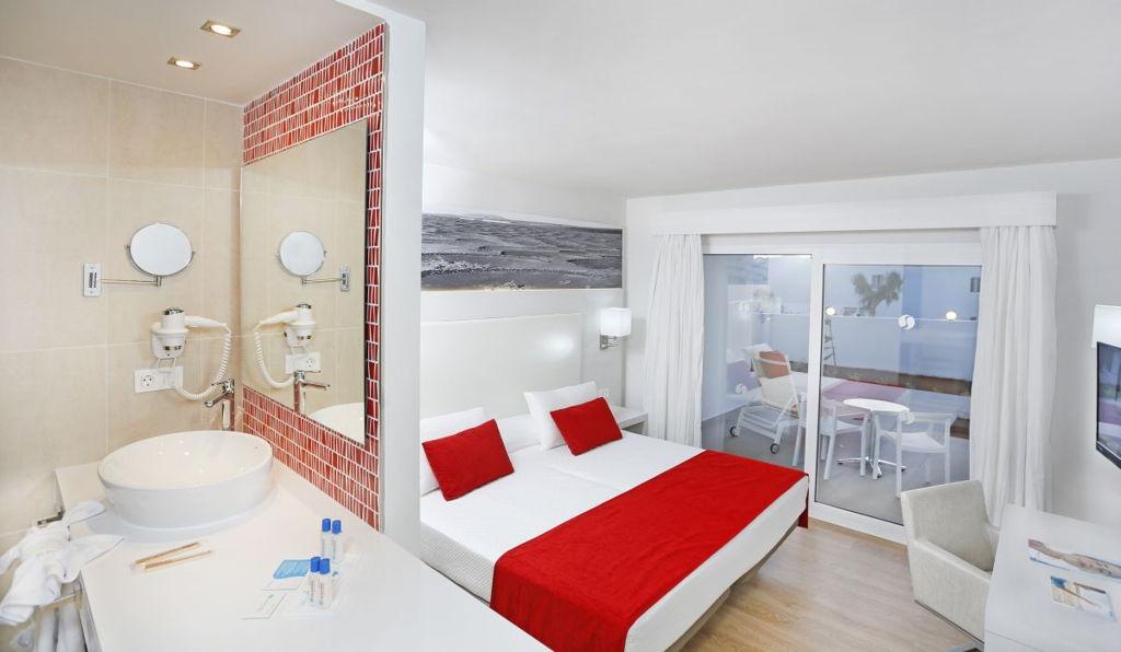 rooms-lanzarote-aequora-suites (1)