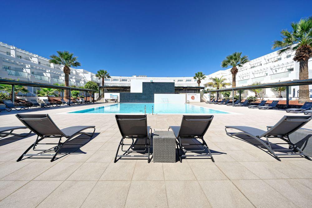 teatro-maris-piscina-hotel-lanzarote (2)