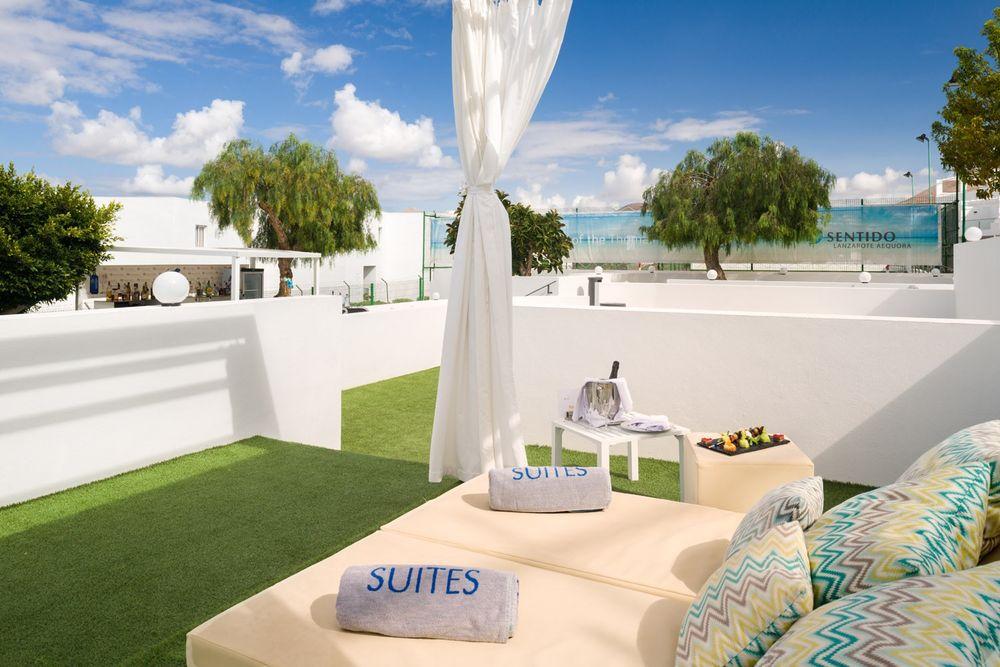 chillout-blue-bar-lanzarote-hotel (2)